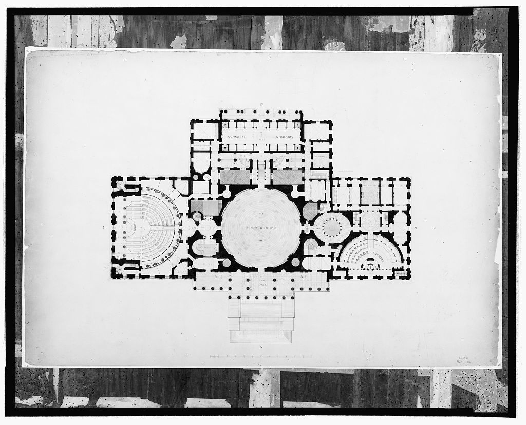 [United States Capitol, Washington, D.C. First floor with rotunda, Senate chamber and library]