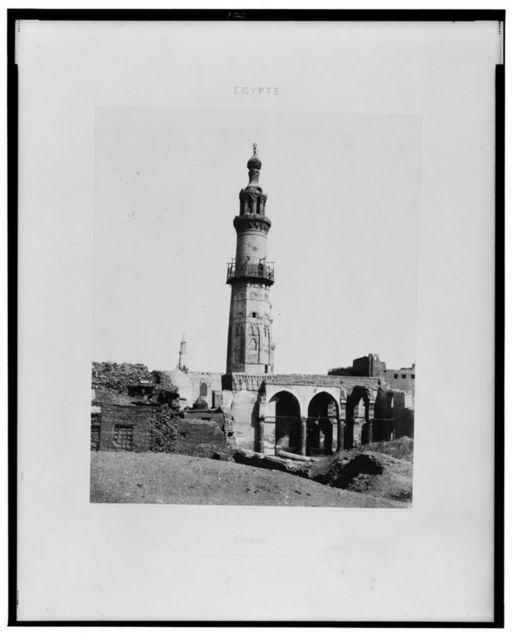 Djirdjeh - mosquée en ruines sur le bord du Nil / Félix Teynard.