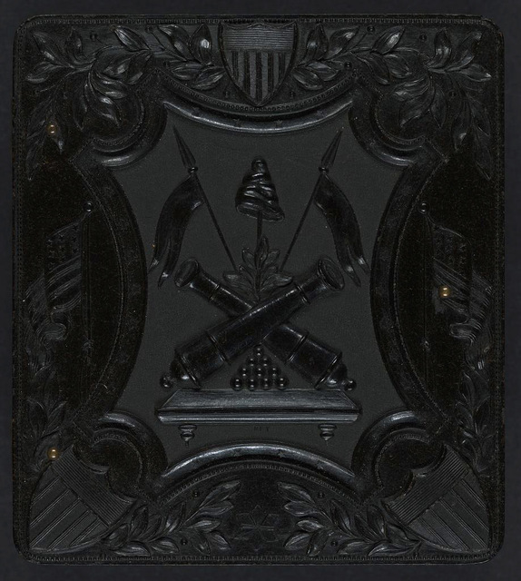 [Union case for daguerreotype, ambrotype, or tintype showing crossed cannons within patriotic frame]