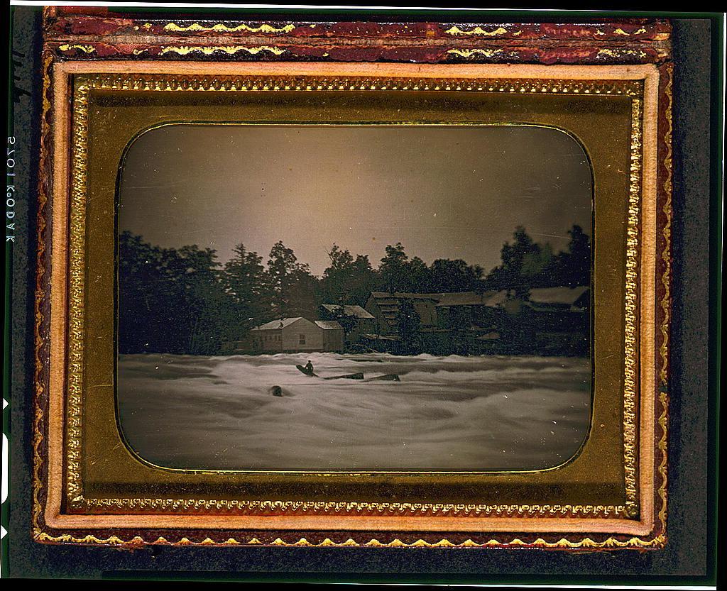 [Joseph Avery stranded on rocks in the Niagara River]