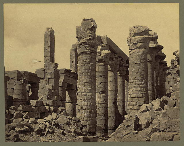 [Egypt - Karnak - Hall of Columns, side view]