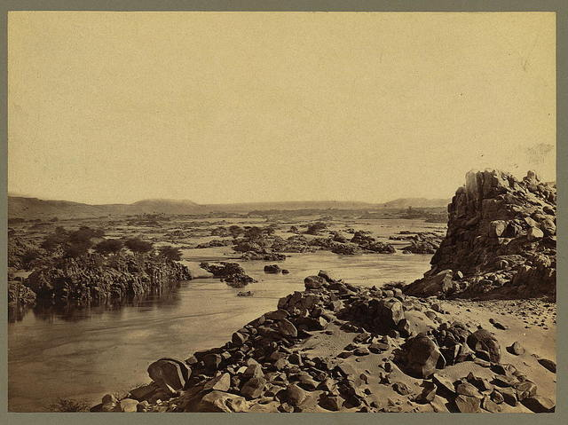 [The 1st cataract of the Nile]