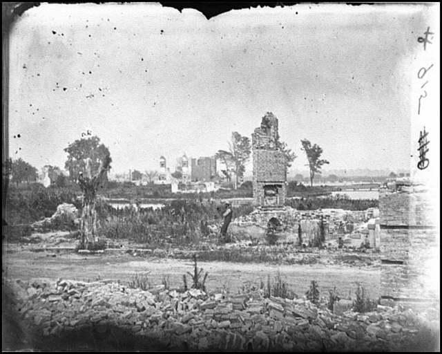 [Hampton, Va. Brick chimneys, etc., of burned houses]