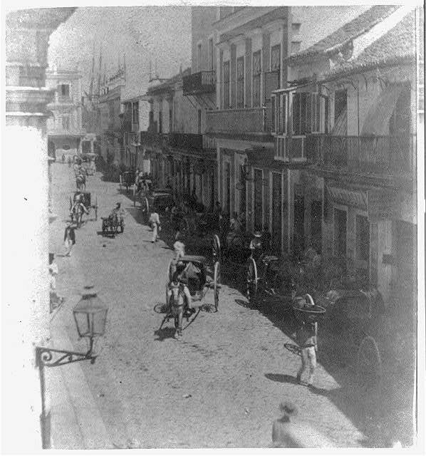 Instantaneous view, from the Calle de Obispo, looking towards the Plaza