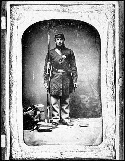 [Portrait of Pvt. William W. Heath, Company H, 4th Vermont Infantry, U.S.A.]