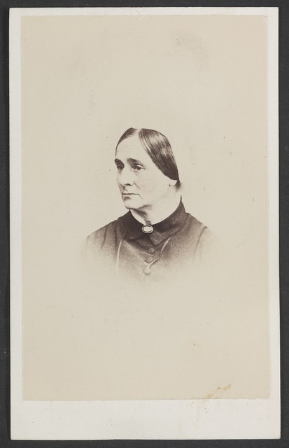 [Unidentified woman] / Wenderoth, Taylor & Brown, 912-914 Chestnut Street, Philadelphia.