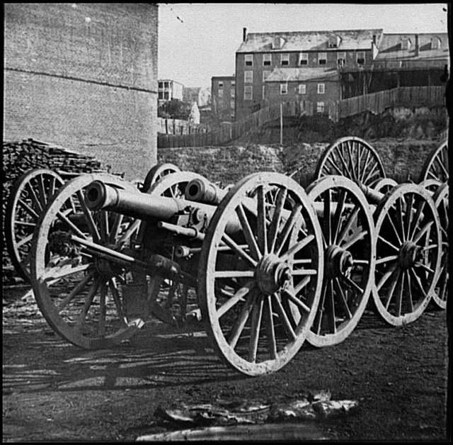 [Unknown location. 6-pdr. field gun, model 1841]