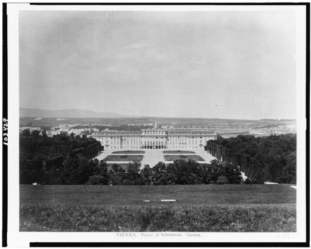 Vienna. Palace of Schönbrun[n]. Garden