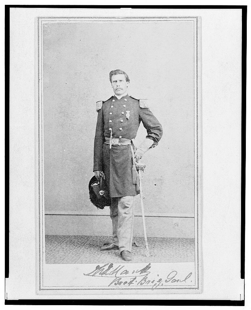 [Brigadier General William G. Mank, Union officer in the 32nd Indiana Regiment, full-length portrait, standing, facing front] / Alex Gardner, Photographer for the Army of the Potomac.