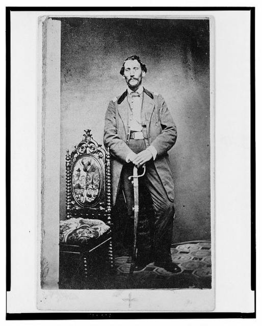 [Capt. John D. Ritter, Union officer in the 32nd Indiana Regiment, full-length portrait, standing, facing front] / Runnion's Art Gallery, Indianapolis.