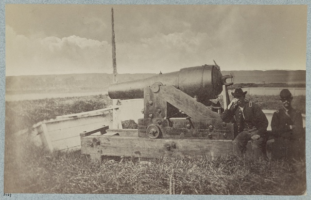"Confederate gun ""Whistling Dick"", Vicksburg, Miss."