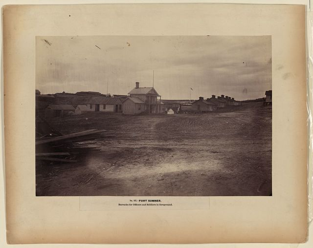 Fort Sumner, barracks for officers and soldiers in foreground