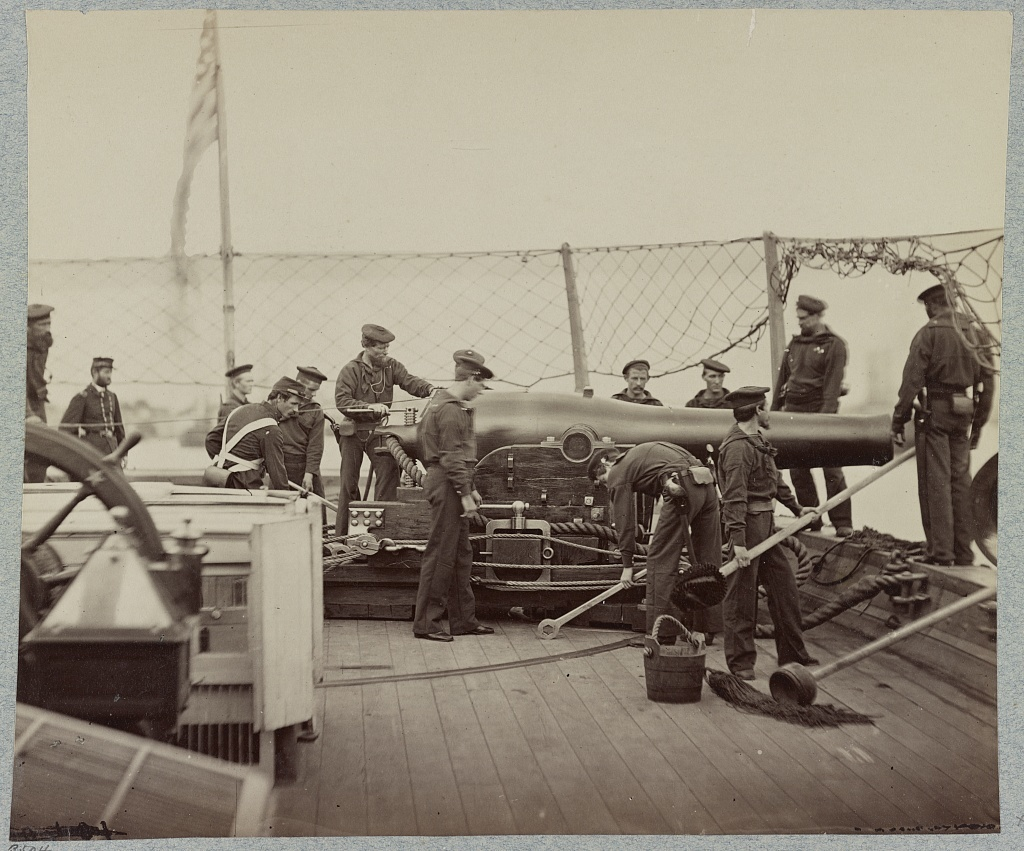 Gun crew on deck of U.S.S. Miami, [i.e. Mendota] James River, Va.