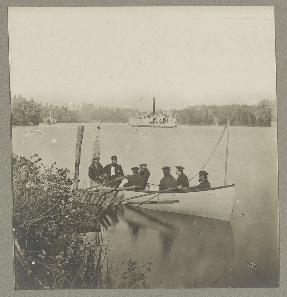 """Gunboat """"Perry"""" on the James River"""