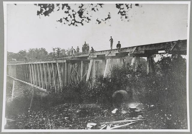Tennessee, Duck River bridge