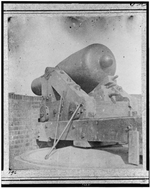 "[The gun ""Jeff Davis,"" identified as a Rodman smooth bore gun in Port Royal, South Carolina]"