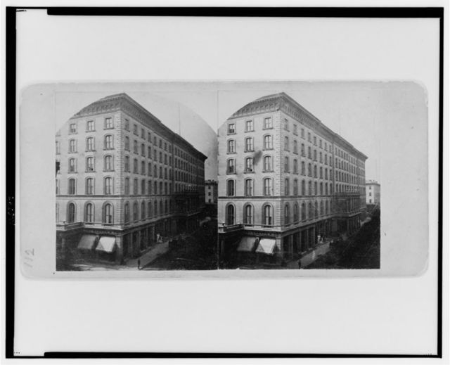 "The ""Southern Hotel"" that burned / Boehl & Koenig, photographers."