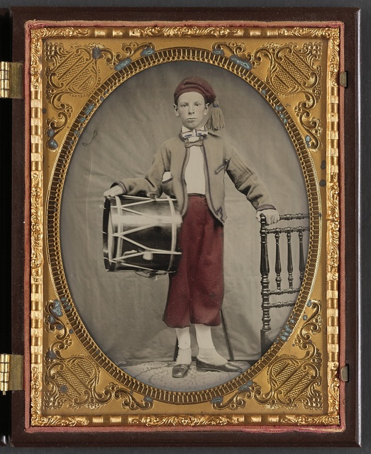 [Unidentified boy in Union zouave uniform with drum]
