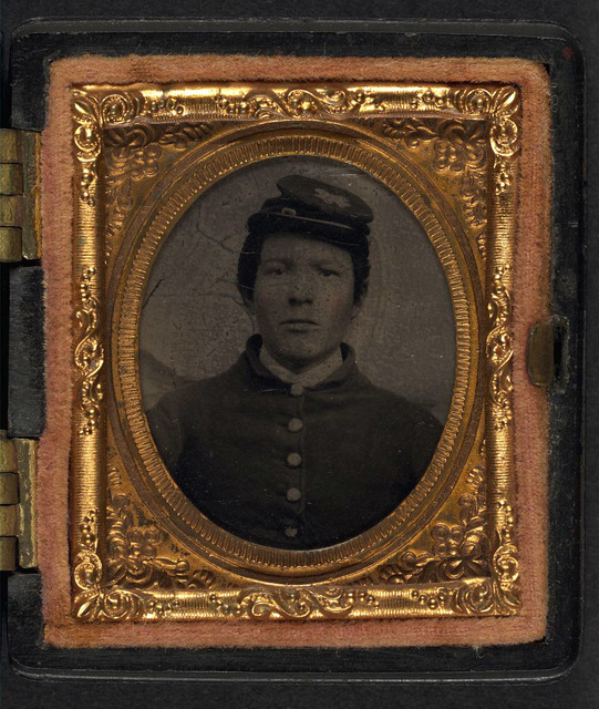 [Unidentified soldier in Union uniform and forage cap]