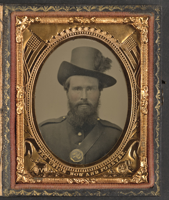[Unidentified soldier in Union uniform and Hardee hat]