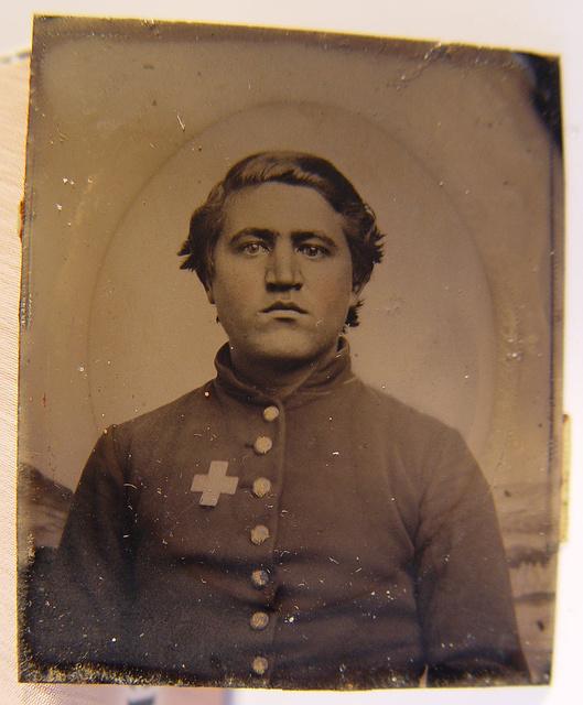 [Unidentified soldier in Union uniform with 6th Corps of the Army of the Potomac badge]