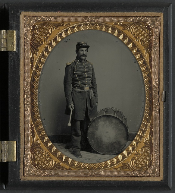[Unidentified soldier in Union uniform with bass drum]