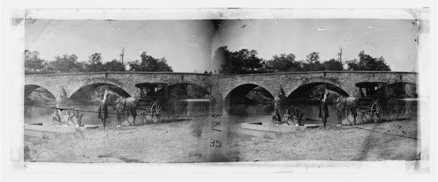 Antietam, Maryland. Picnic party at Antietam bridge