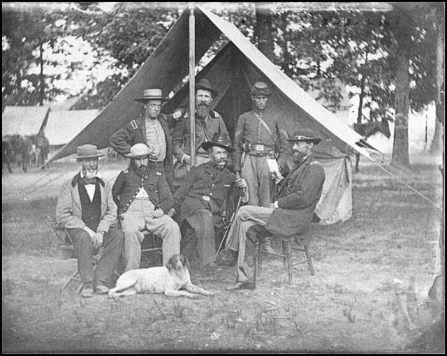 [Fair Oaks, Va., vicinity. Gen. George Stoneman (seated, right) and Gen. Henry M. Naglee (seated, third from left), with members of their staffs]