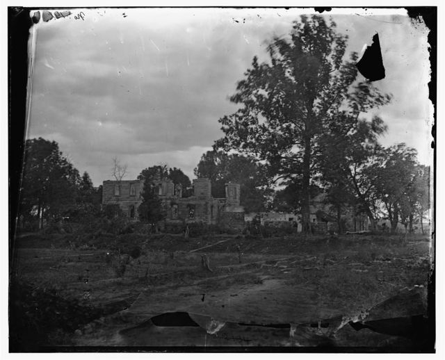 Fredericksburg, Virginia (vicinity). The Barnard house below Fredericksburg, destroyed during the first battle