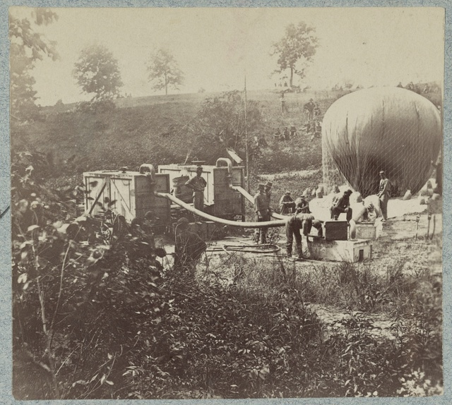 Inflation of the balloon Intrepid to reconnoiter the Battle of Fair Oaks