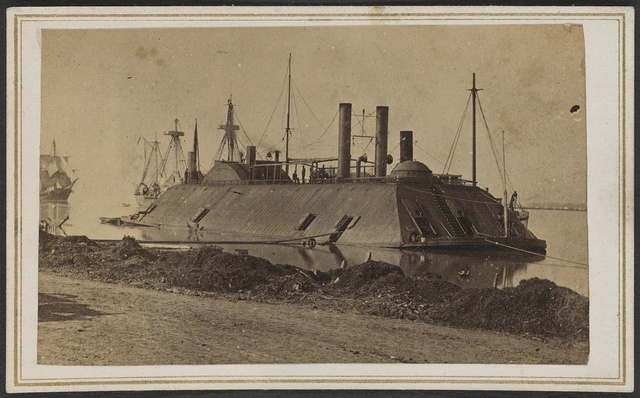 [Ironclad USS Essex at Baton Rouge, Louisiana]