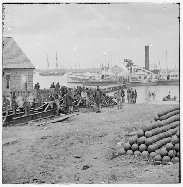 [Yorktown, Va. Embarkation for White House Landing, Va.]