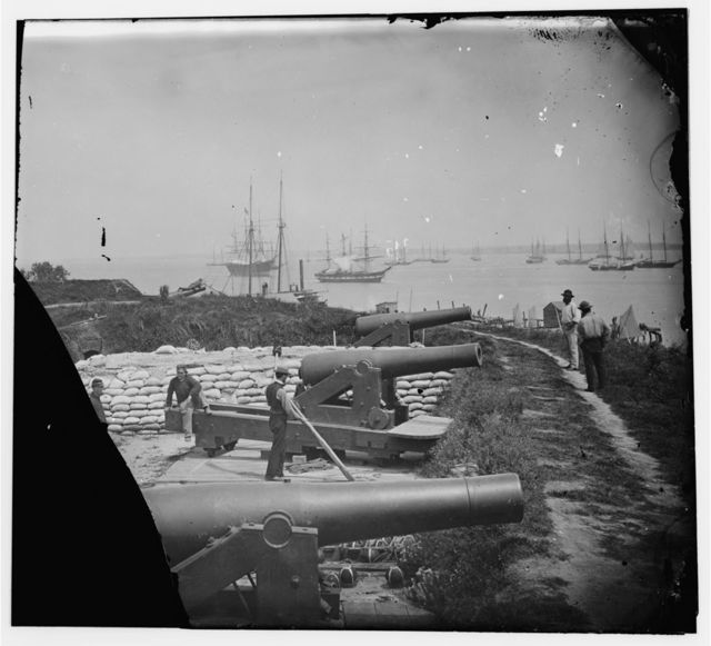 Yorktown, Virginia. Confederate battery Magruder with 8-inch Columbiads. Federal transports in river