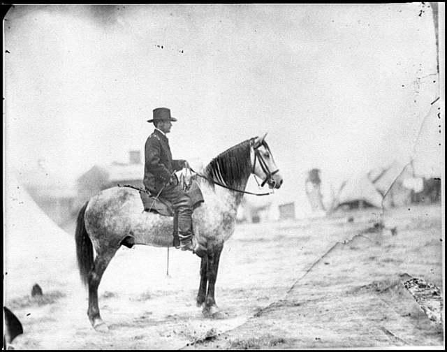 [Falmouth, Va. Gen. Alfred Pleasonton on horseback]