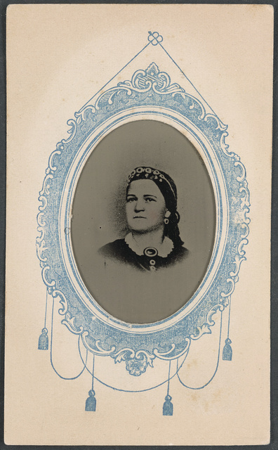 [Mary Todd Lincoln] / Union card picture, made by George F. Ayer, photographer, 161 Middle Street, Portland.