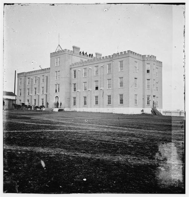 [Nashville, Tenn. Hospital for Federal officers (Literary Department, University of Nashville; later Lindsley Hall, Peabody Normal College)]