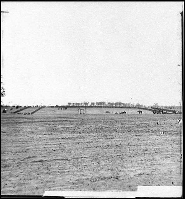 [Petersburg, Va. Federal troops drawn up to witness a hanging]