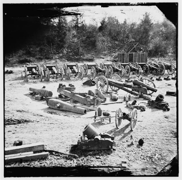 [Broadway Landing, Va. Federal ordnance at the depot; another view]