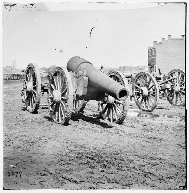 [Richmond, Va. Captured siege guns at Rocketts]