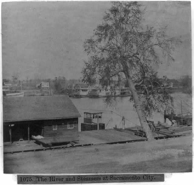 The river and steamers at Sacramento City