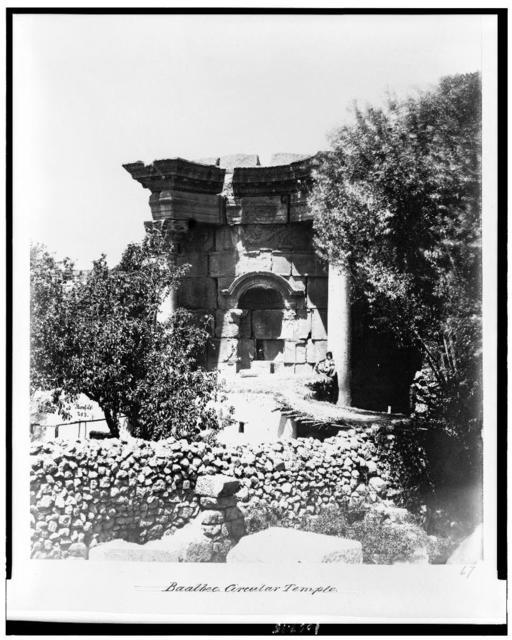 Baalbec. Circula Temple / Bonfils.