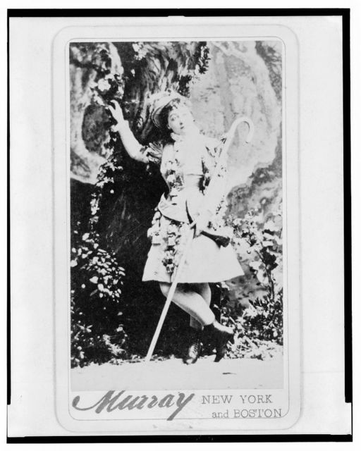 [Maud Granger, actress, in costume as Rosalind, full-length portrait, facing front] / Murray, New York & Boston.