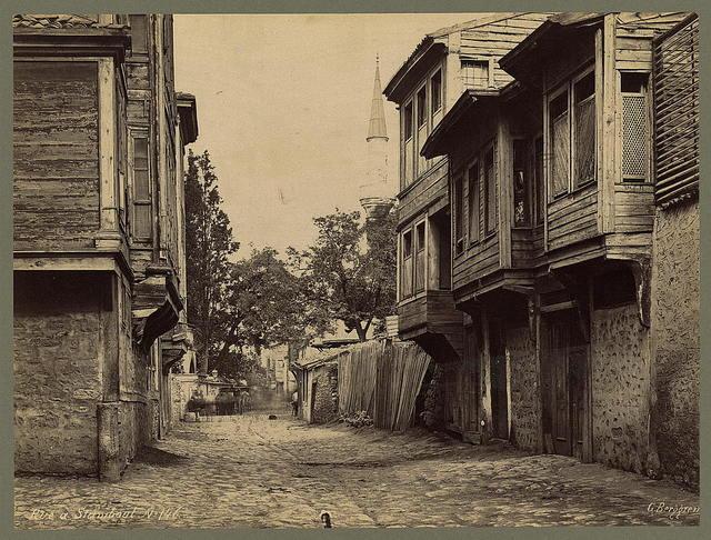Rue à Stamboul / G. Berggren.