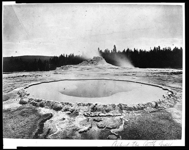 [Crater of the Castle Geyser]
