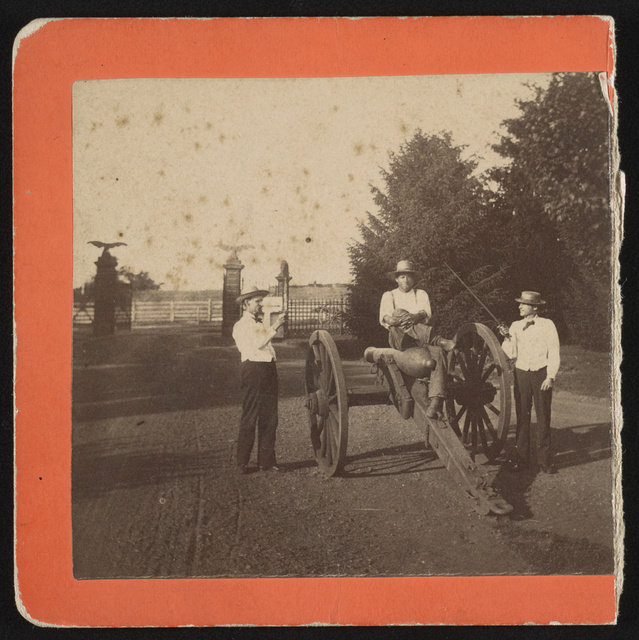 [Nicholas G. Wilson, National Cemetery superintendent, and others with Civil War cannon at Soldier's National Cemetery, Gettysburg, Pennsylvania]