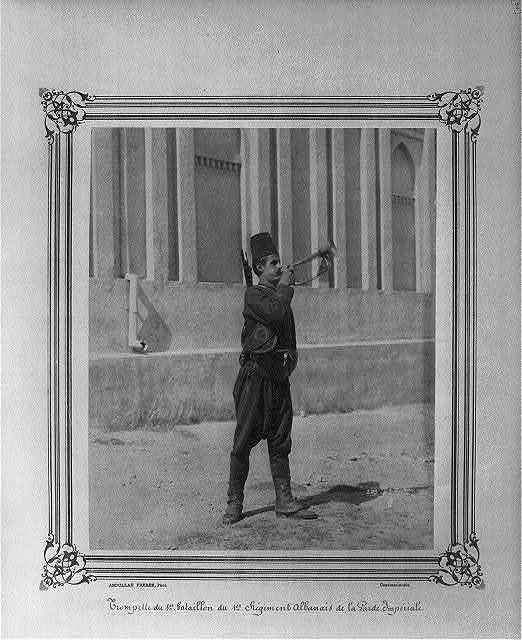 [A bugler of the First Battalion of the First Albanian Regiment of the Imperial Guard] / Abdullah Frères, Phot., Constantinople.