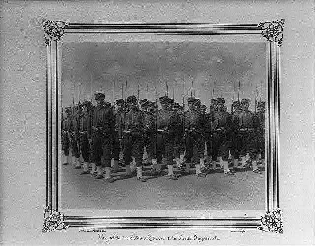 [A platoon of Zouaves of the Imperial Guard] / Abdullah Frères, Phot., Constantinople.