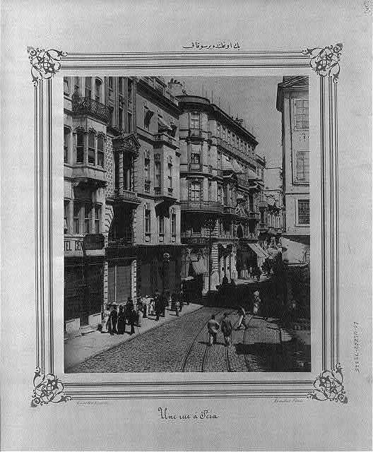 [A street in Beyoğlu] / Constantinople,  Abdullah Frères.