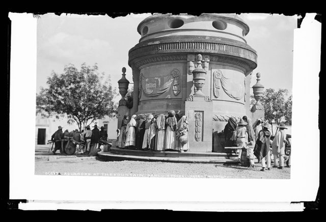 Aguadors [water carriers] at the fountain, San Luis Potosi