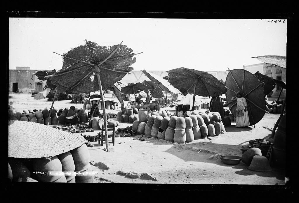Aguascalientes, pottery market